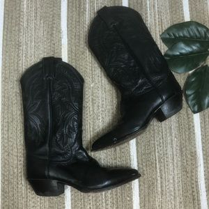 Justin vintage western leather boots Size 5.